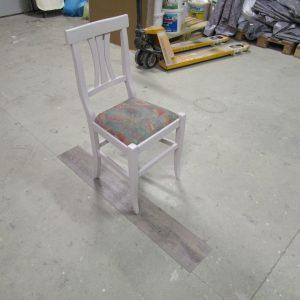 IMG_1466Lackieren von alten Sesseln individueller Farbwunsch möglich